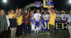 Bupati Pohuwato Tutup Laga Final Turnamen Sepak Bola di Lapangan GBK