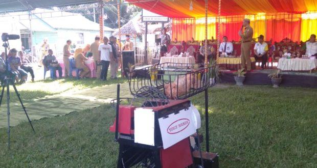 Tim Inovasi Desa Buntulia Ciptakan Mesin Kupas Kelapa