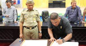 DPRD dan Pemkab Pohuwato Tandatangani Nota Kesepakatan KUA-PPAS Tahun Anggaran 2019